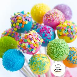 Cakepops de colores con sprinkles
