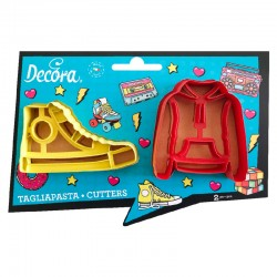 Cortantes zapatillas converse y sudadera, Decora, galletas decoradas fondant